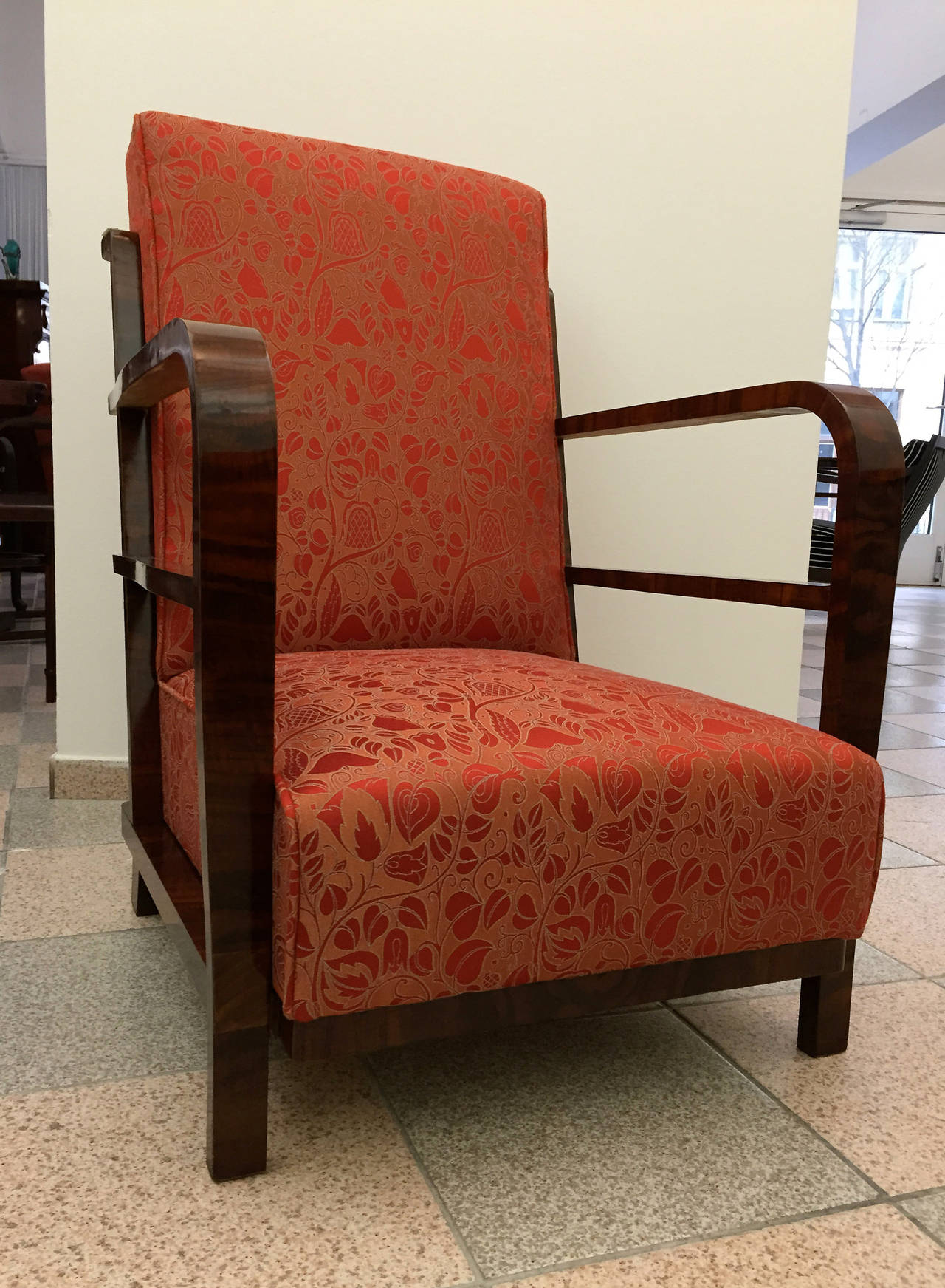 Pair of Art Deco Armchairs, circa 1930 For Sale 4