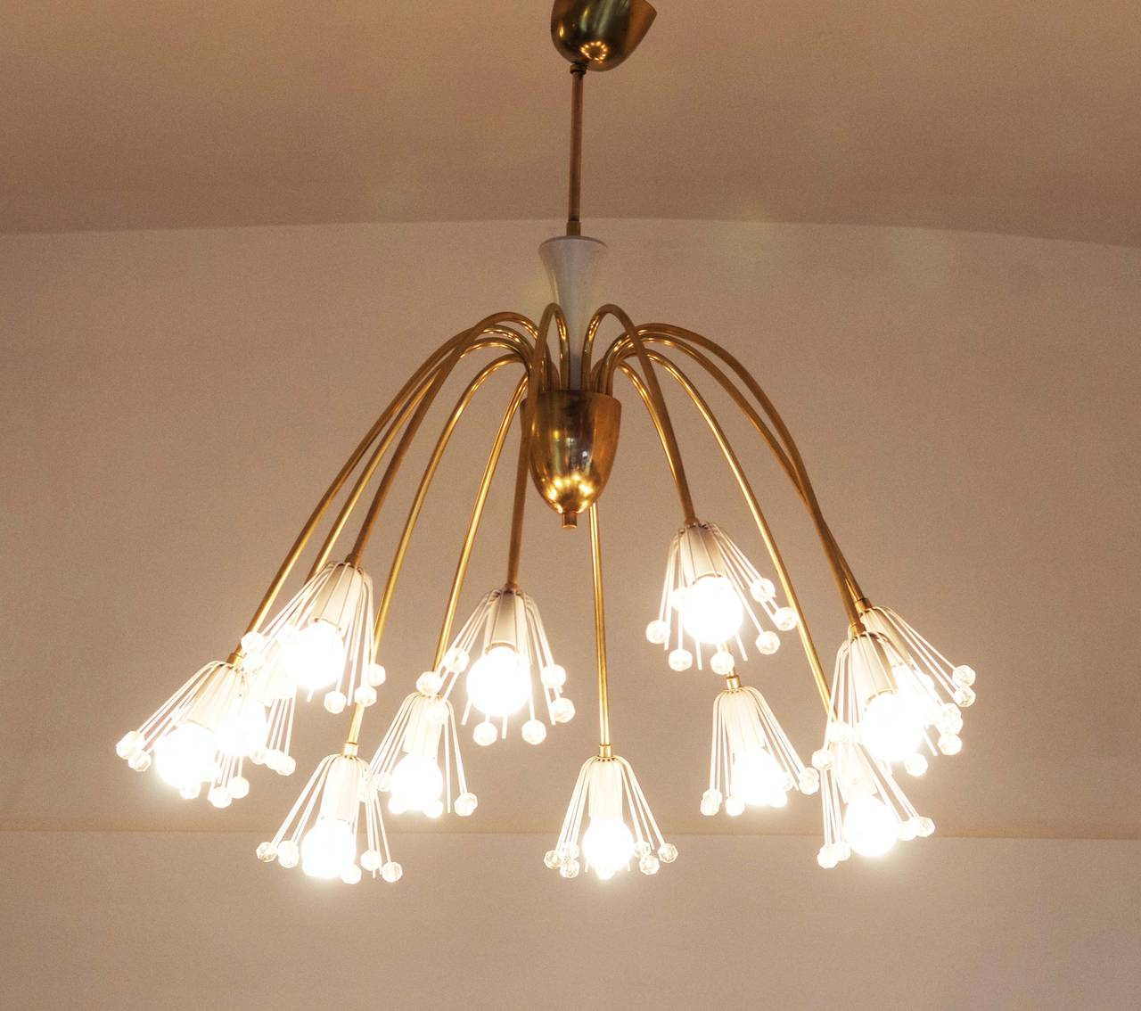 Midcentury Modernist Chandelier by Emil Stejnar for Rupert Nikoll In Excellent Condition For Sale In Vienna, AT