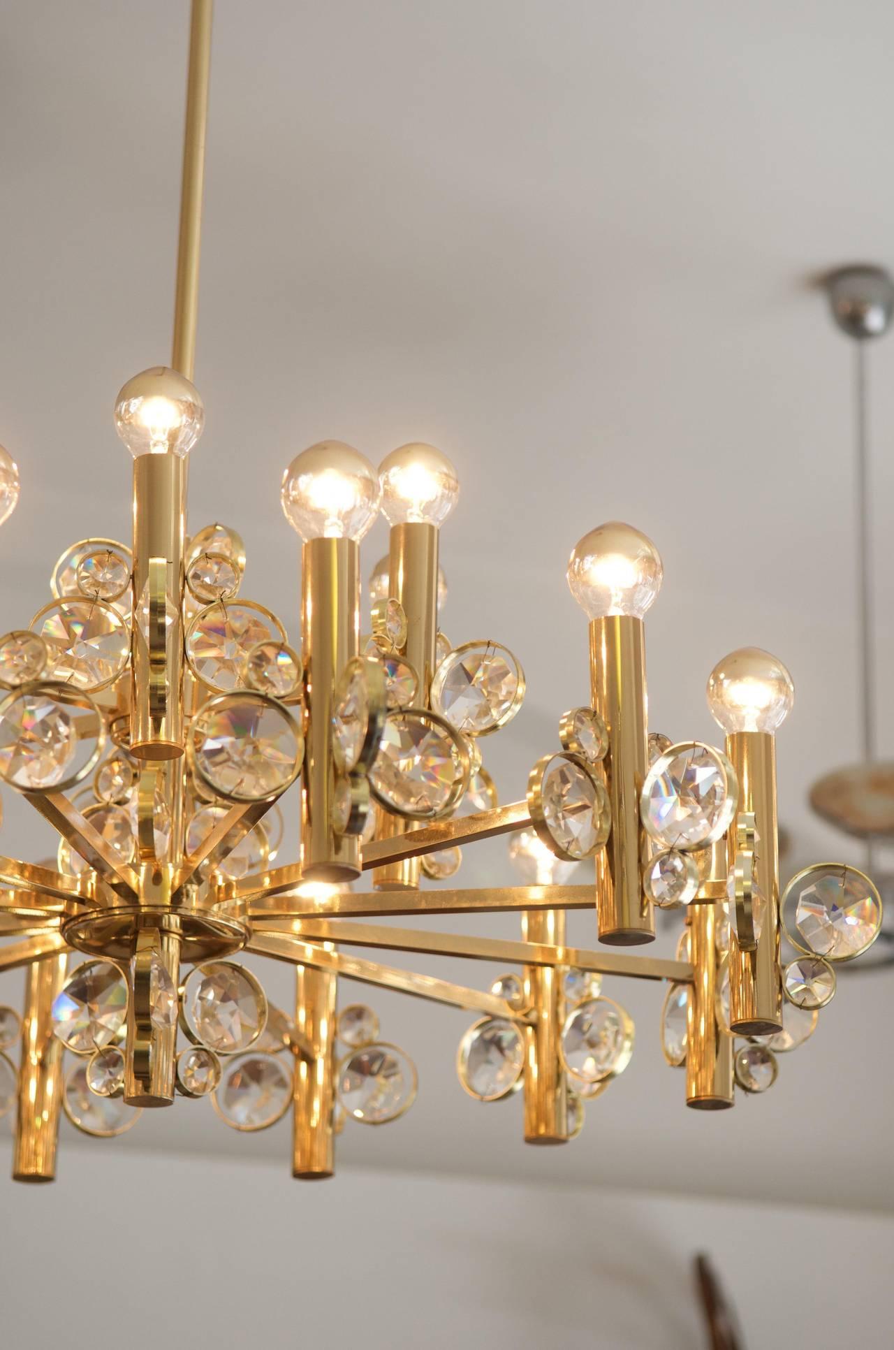 Brass Large Impressive Cut Crystal Chandelier Attributed to Gaetano Sciolari For Sale