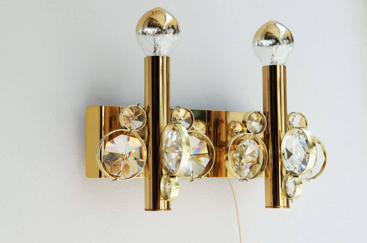 Impressive Cut Crystal Wall Sconce Attributed to Gaetano Sciolari For Sale 1