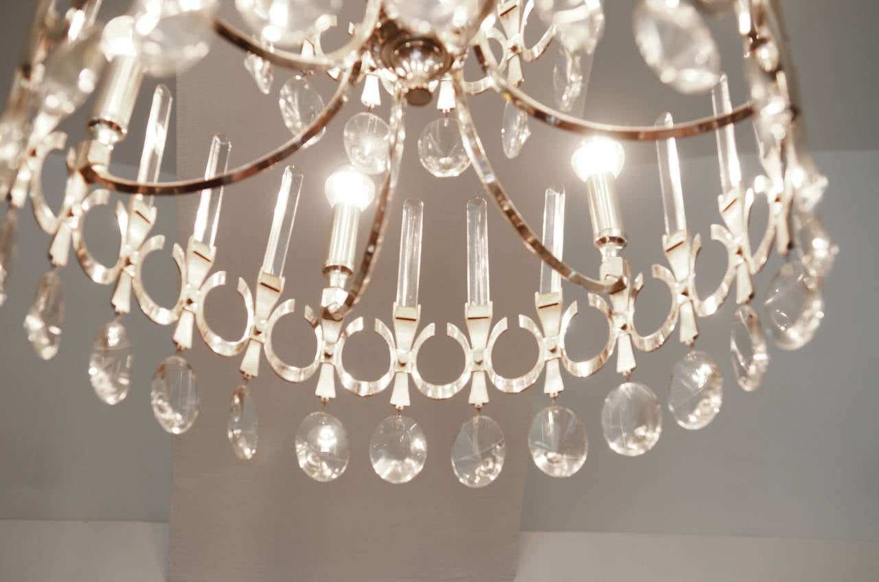 Chandelier by Gaetano Sciolari from 1960s In Excellent Condition For Sale In Vienna, AT
