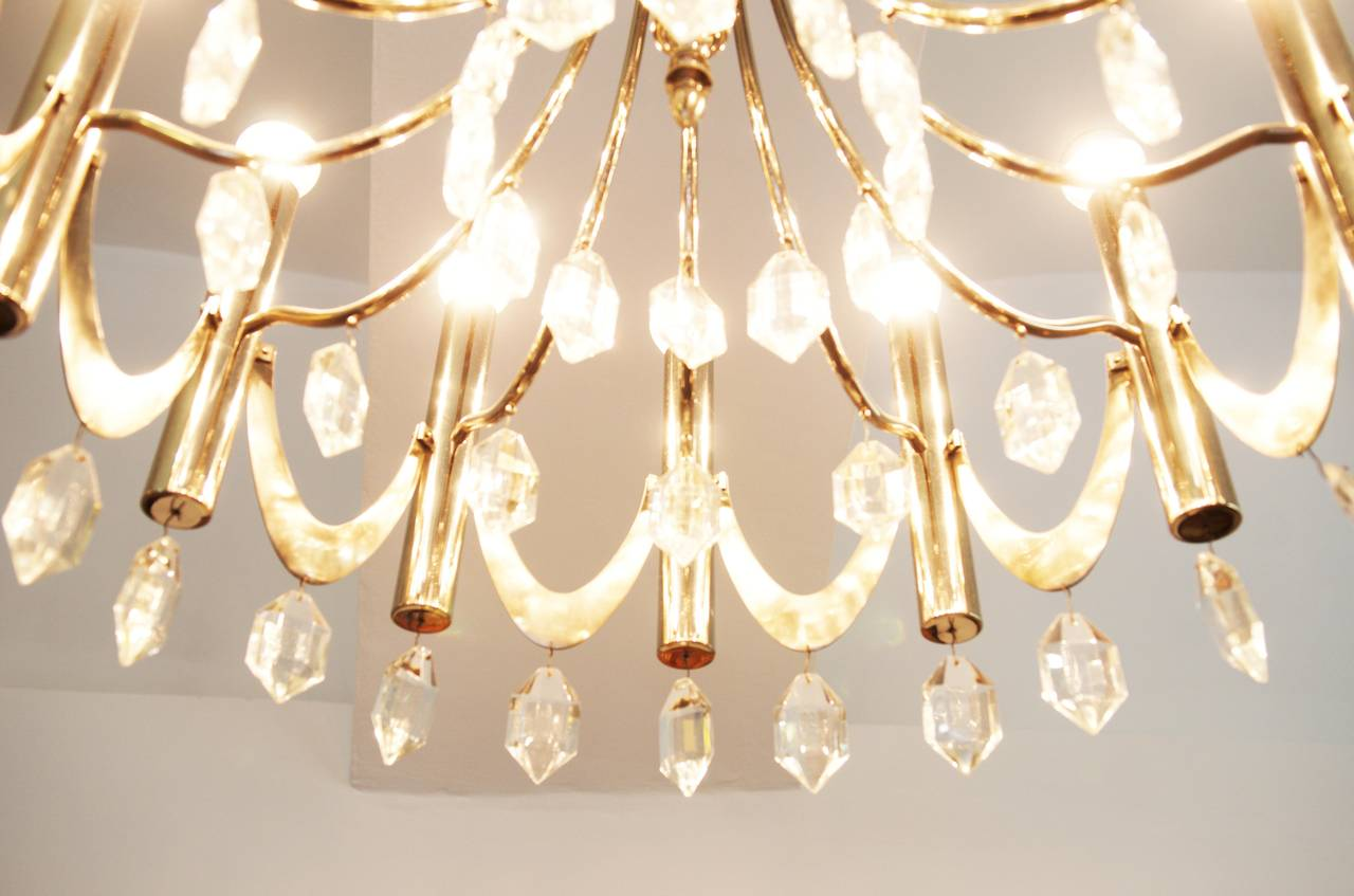 Large Chandelier Attributed to Gaetano Sciolari from 1960s For Sale 2