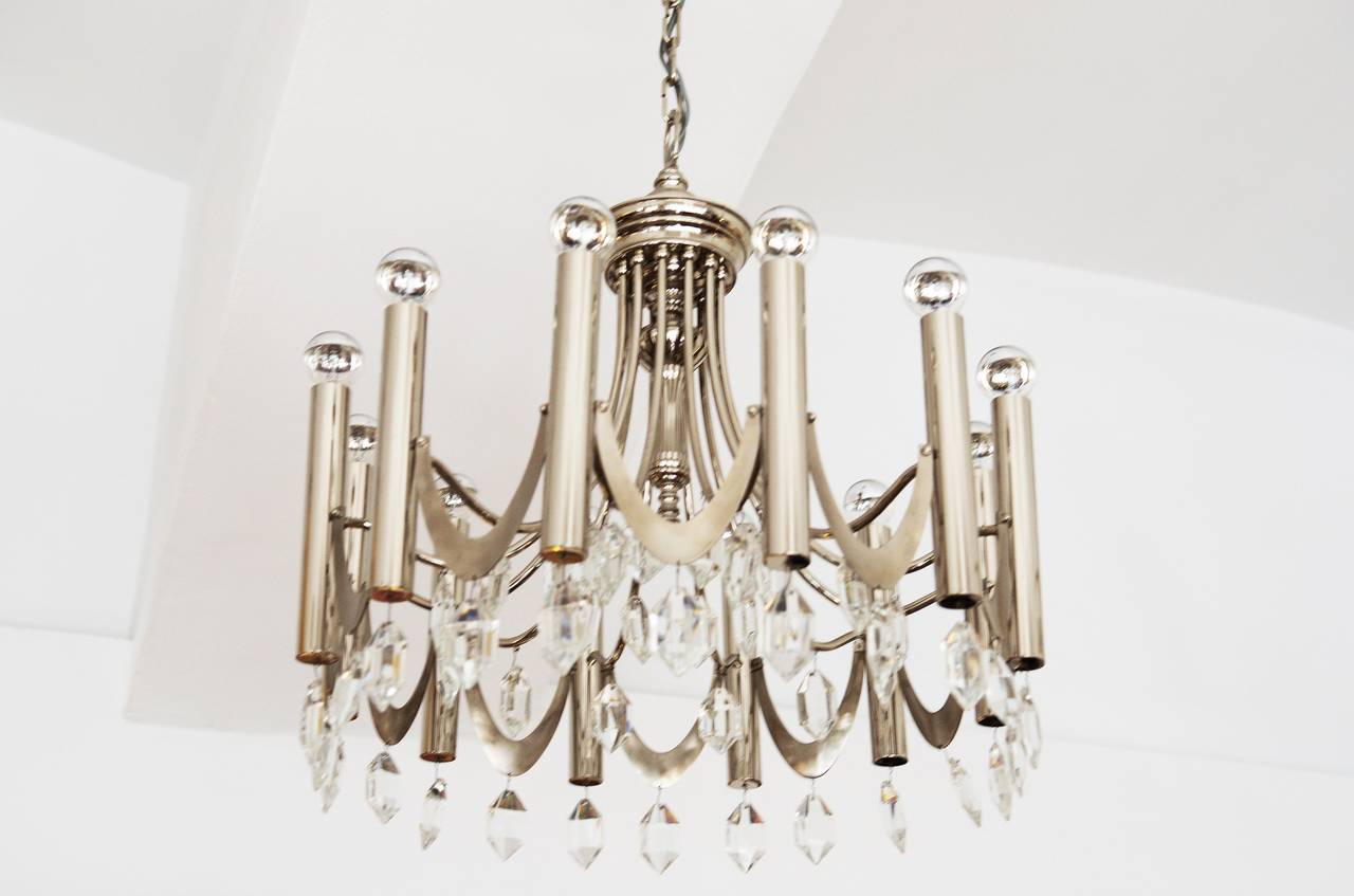 Mid-20th Century Large Chandelier Attributed to Gaetano Sciolari from 1960s For Sale