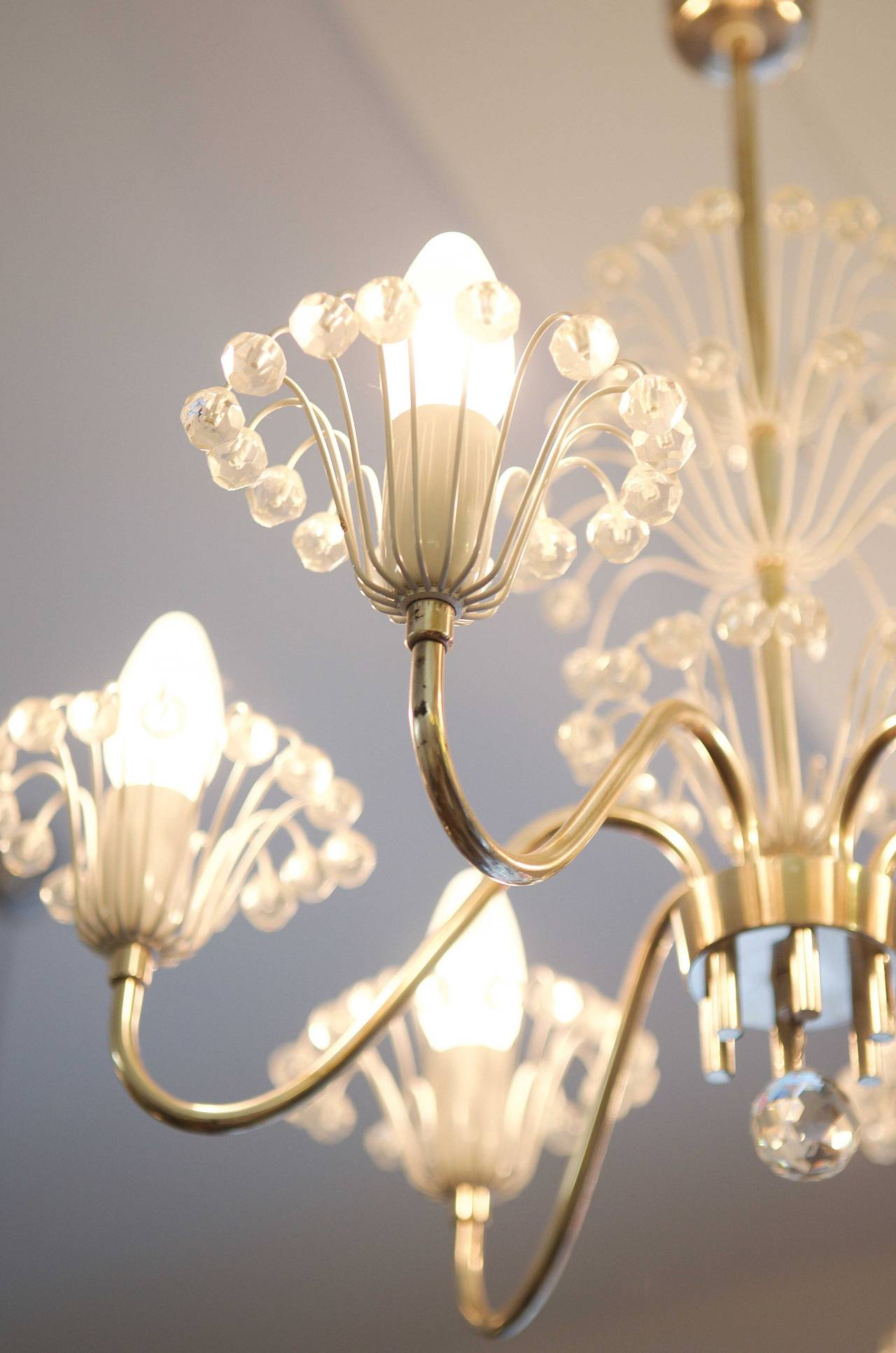 Mid-Century Fountain Chandelier by Emil Stejnar for Rupert Nikoll In Excellent Condition For Sale In Vienna, AT