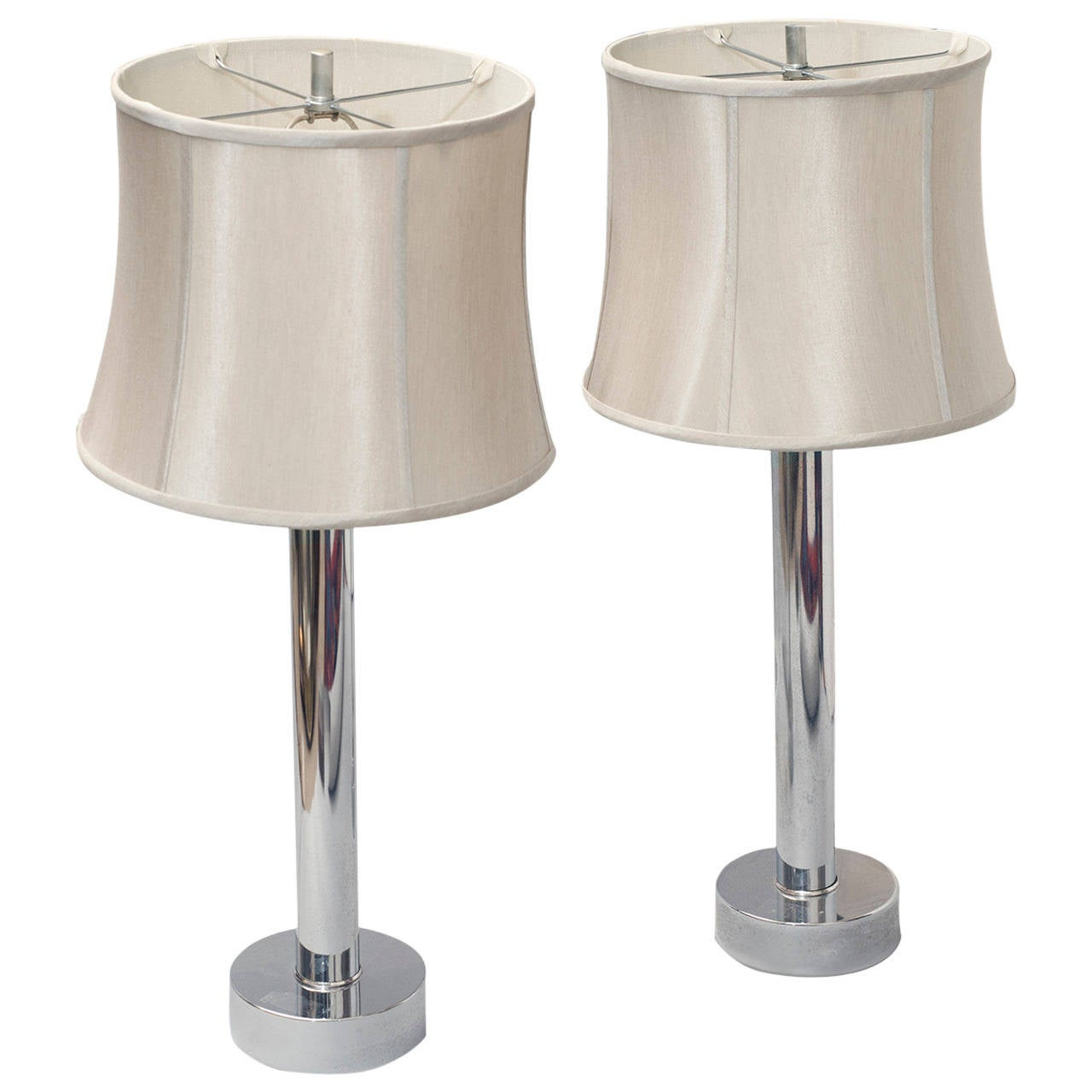 pair of mid century modern chrome table lamps for sale at 1stdibs. Black Bedroom Furniture Sets. Home Design Ideas