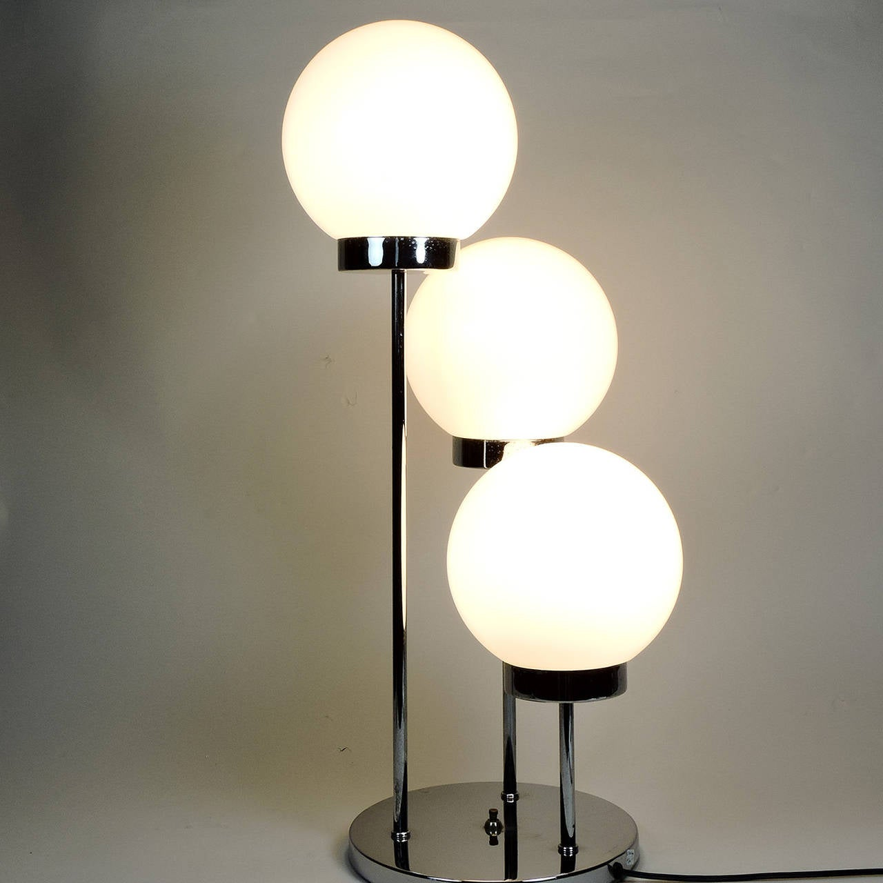 Mid century modern italian three globe table lamp for sale for Modern contemporary table lamps
