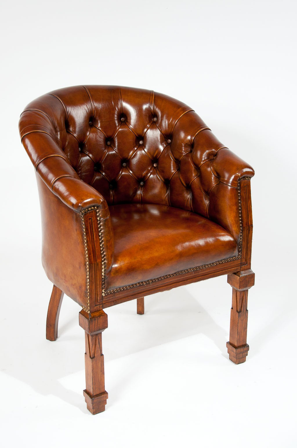 Antique tub chairs - Antique Pair Of Leather Tub Chairs 3