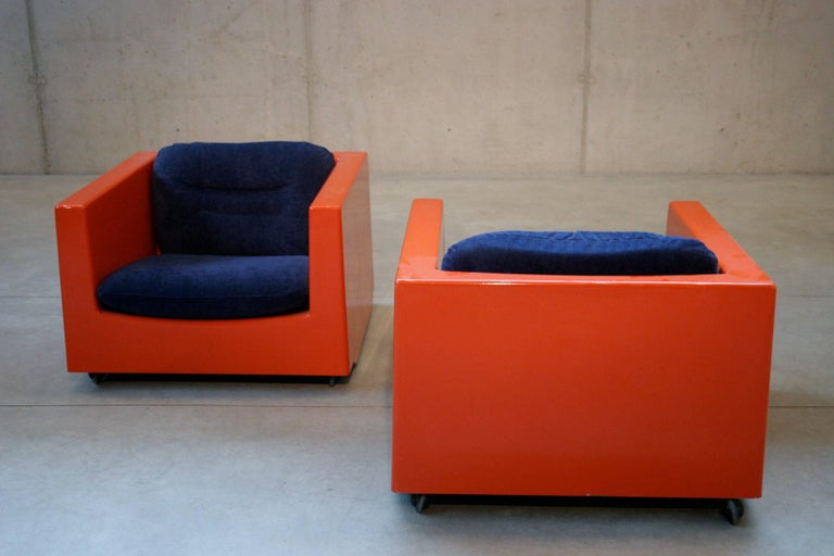 20th Century Two Lounge Chairs by Roger Tallon, circa 1970s For Sale