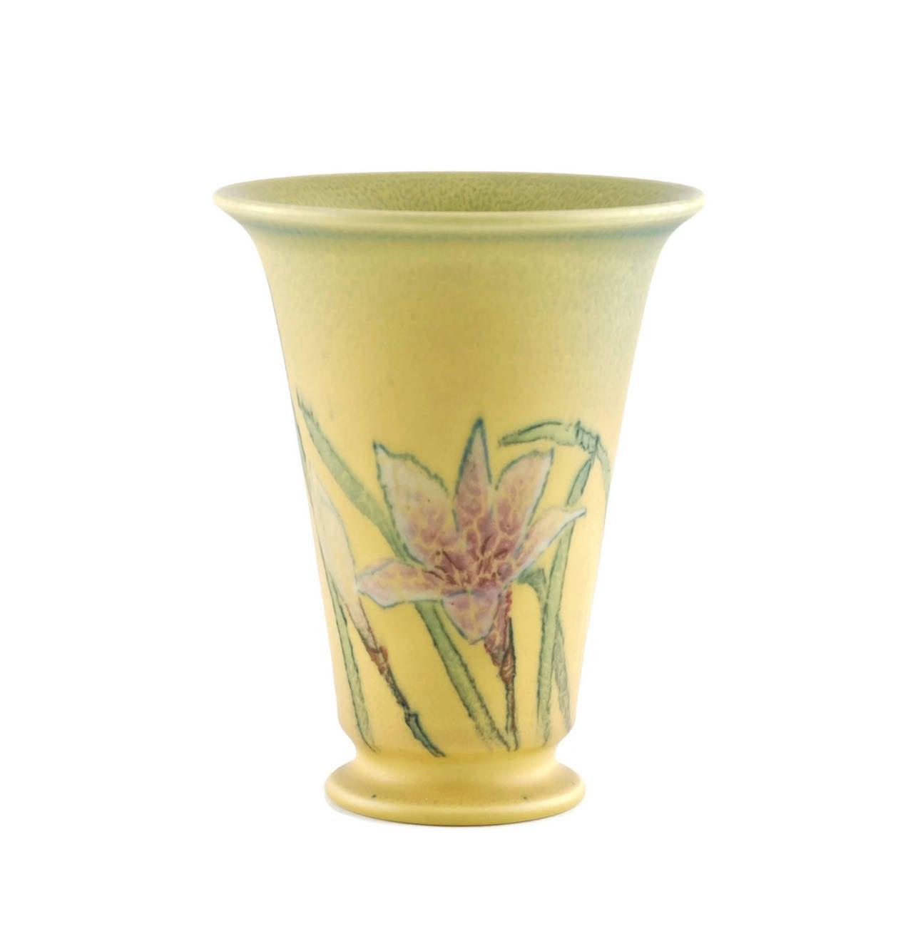 Art Nouveau Kataro Shirayamadani Signed Rookwood Pottery Vase with Floral Motif For Sale