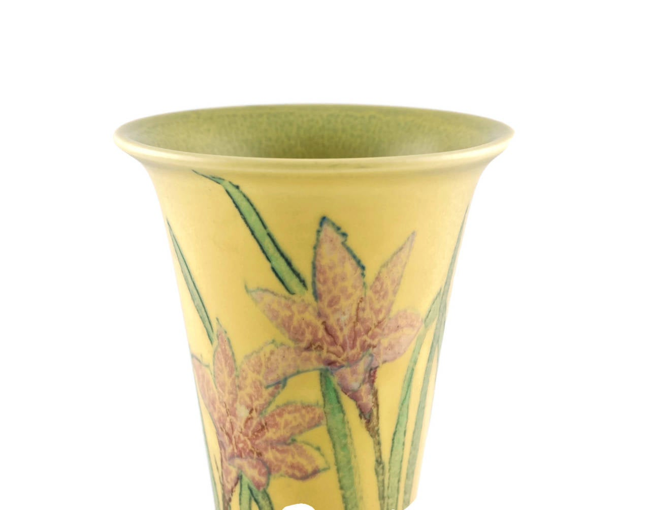 Kataro Shirayamadani Signed Rookwood Pottery Vase with Floral Motif In Excellent Condition For Sale In Cincinnati, OH