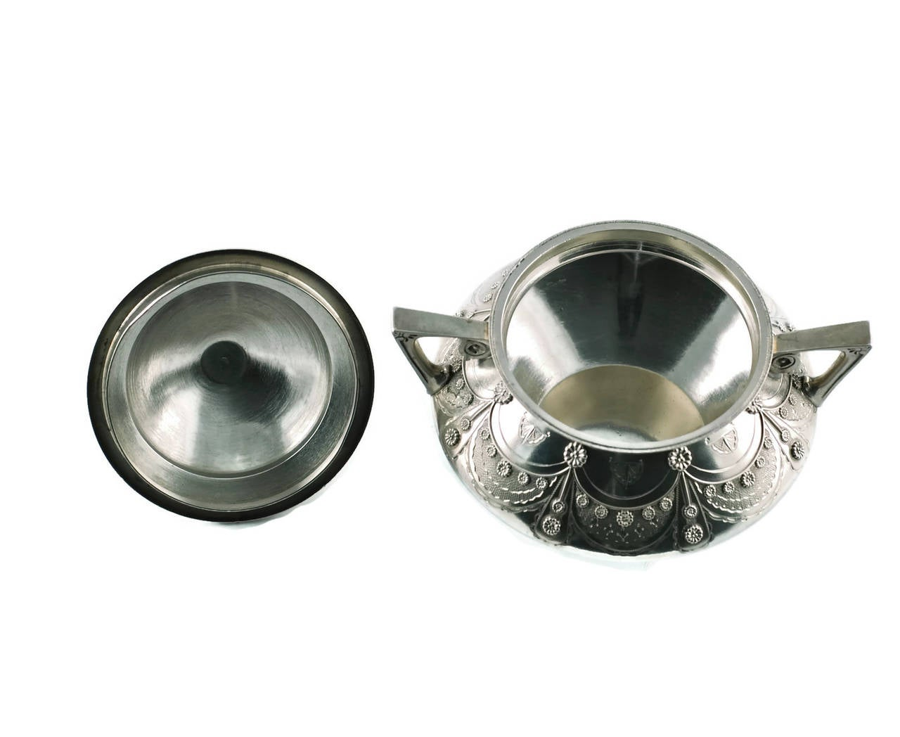 Tiffany & Co Aesthetic Movement Sterling Silver Cream and Sugar Set For Sale 2