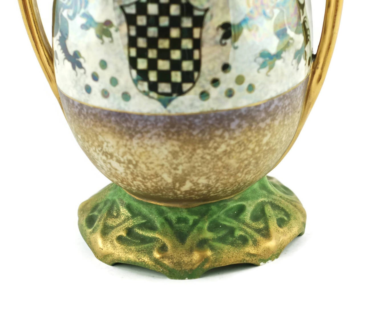 Riessner & Kessel Amphora Turn Teplitz Two-Handled Vase with Iridized Glaze In Excellent Condition For Sale In Cincinnati, OH