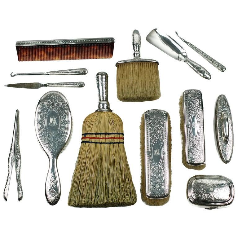 Edwardian Tiffany & Co. Sterling Silver 13-Piece Vanity Set For Sale