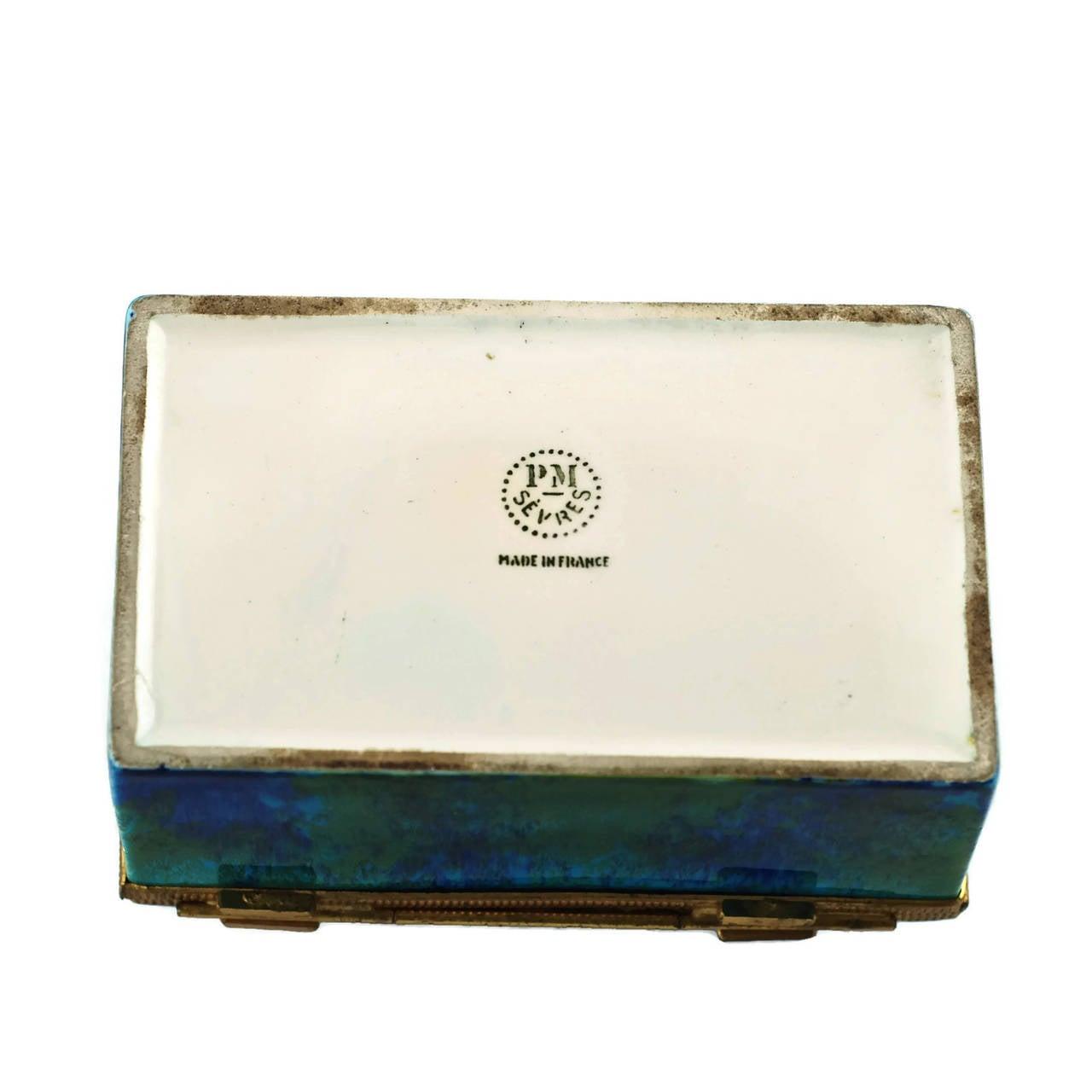 Paul Milet Sèvres Porcelain Hinged Dresser Box with Ormolu Mounts For Sale 3