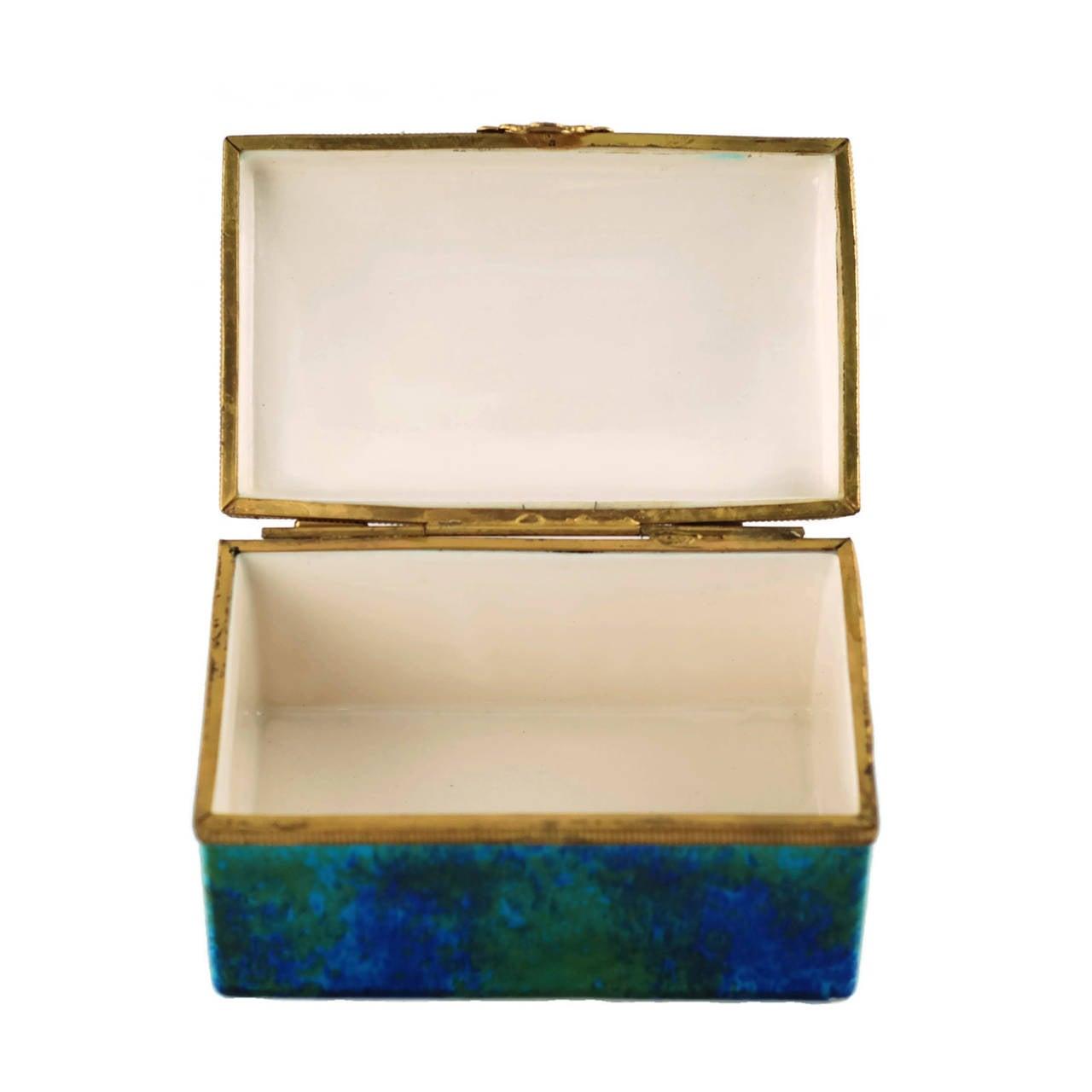 Paul Milet Sèvres Porcelain Hinged Dresser Box with Ormolu Mounts For Sale 2