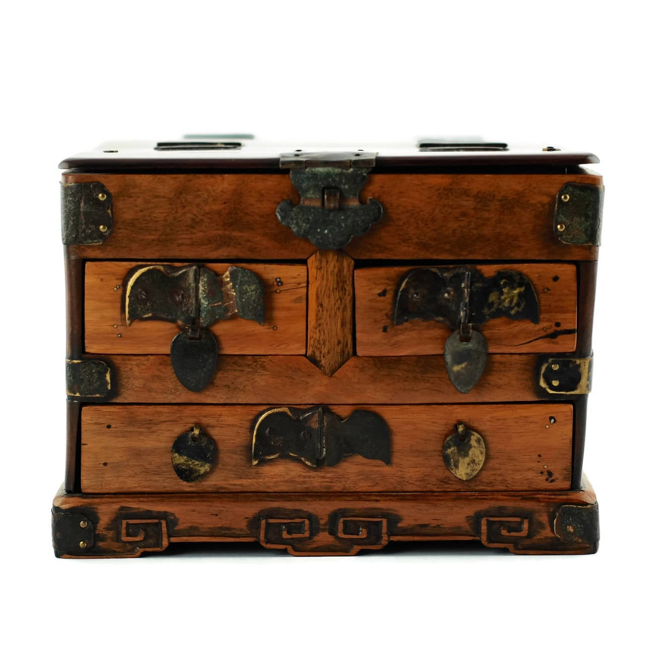 19th Century Chinese Huanghuali Mirrored Jewelry Chest For Sale 6