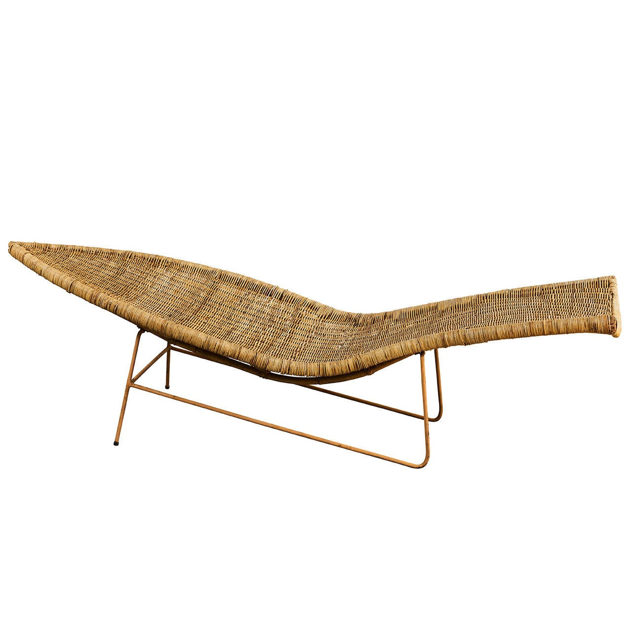 Wicker fish chaise at 1stdibs for Chaise longue rattan