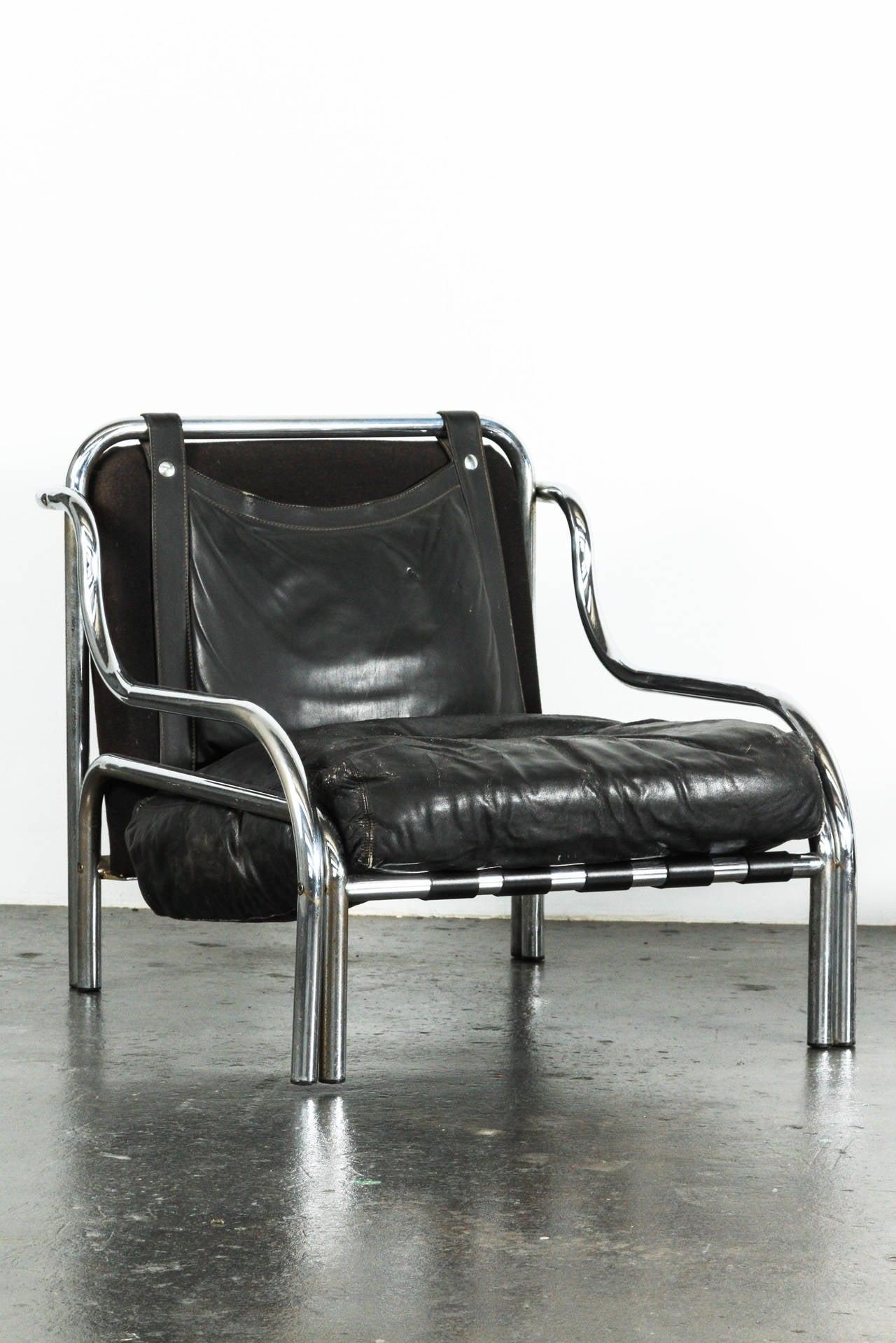 Pair of Stringa Armchairs by Gae Aulenti at 1stdibs