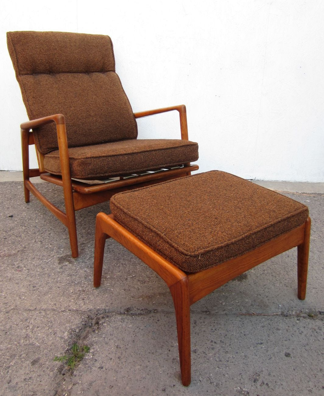 Mid Century Chair And Ottoman: 1950 Danish Mid-Century Modern Lounge Chair And Ottoman