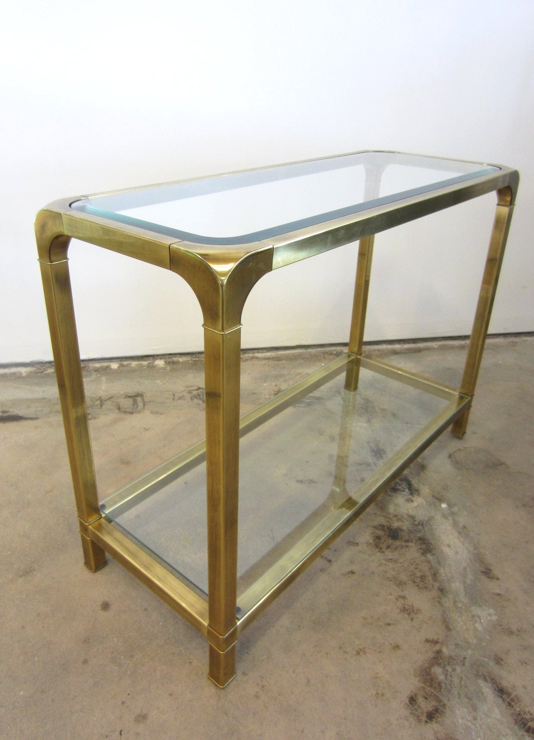 1970s mastercraft petite brass console sofa table at 1stdibs. Black Bedroom Furniture Sets. Home Design Ideas