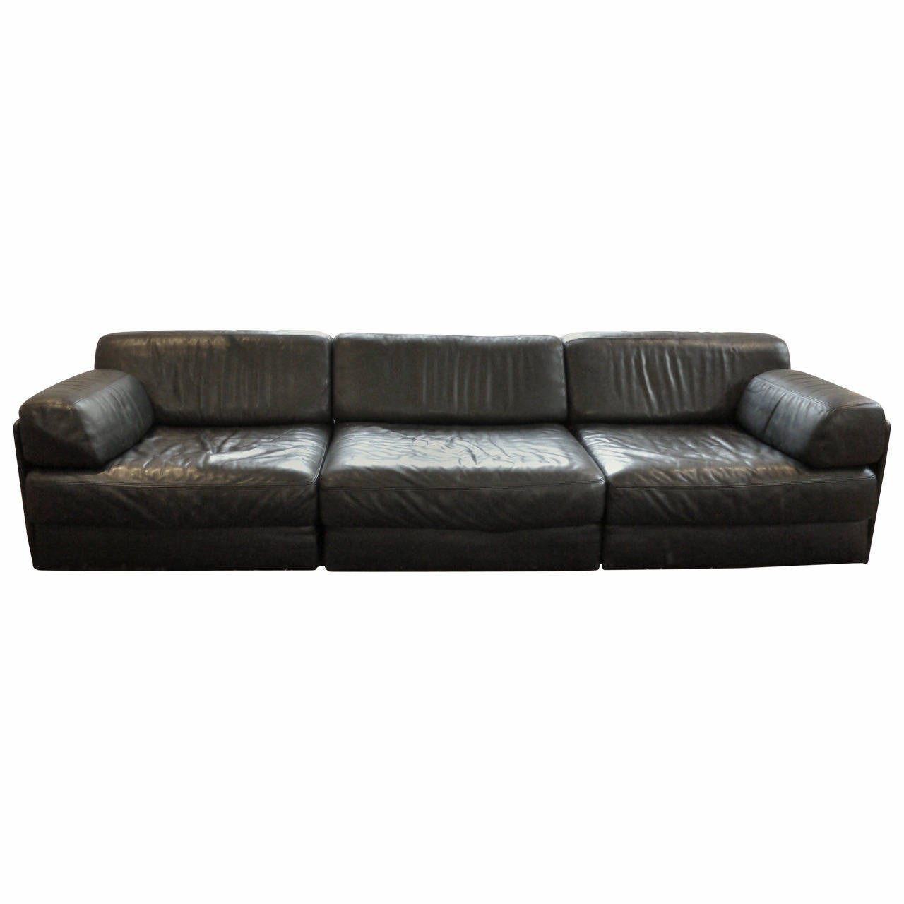 De sede ds76 sofa at 1stdibs for Furniture 99 invisible