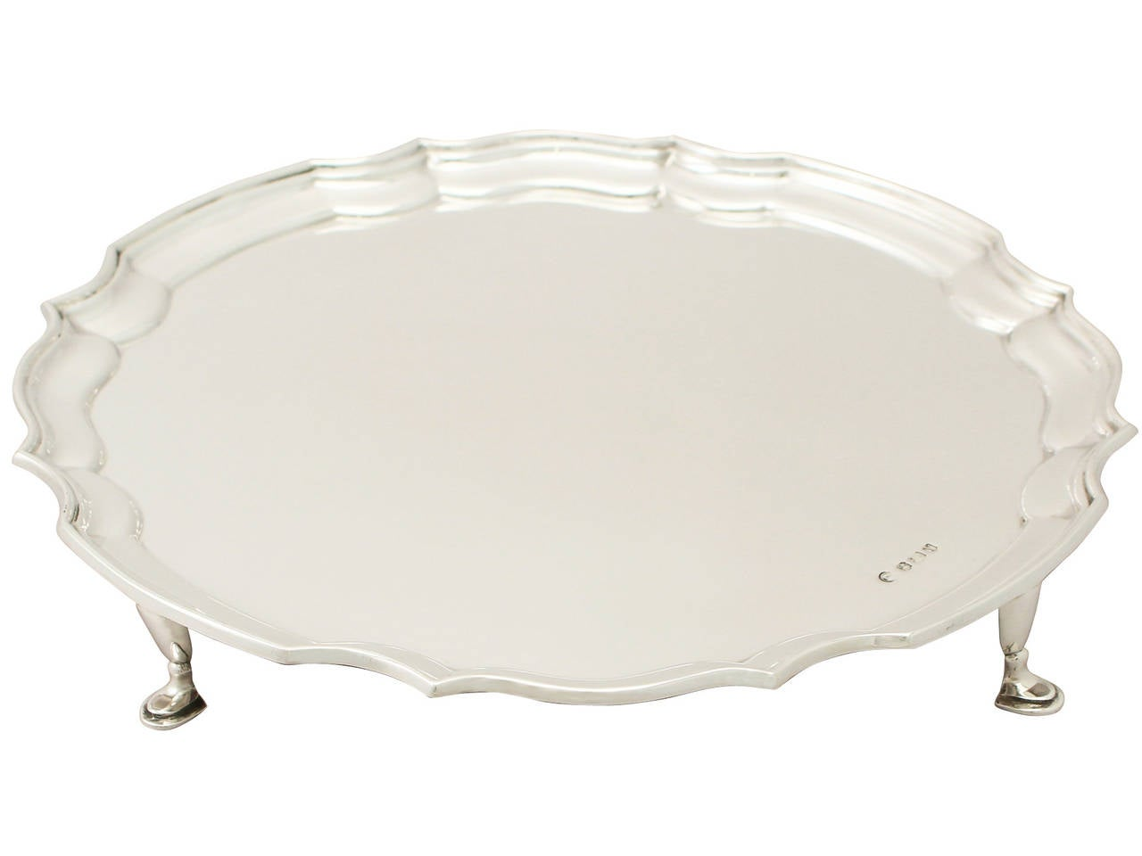 A fine and impressive vintage Elizabeth II English sterling silver salver, an addition to our silver dining collection.