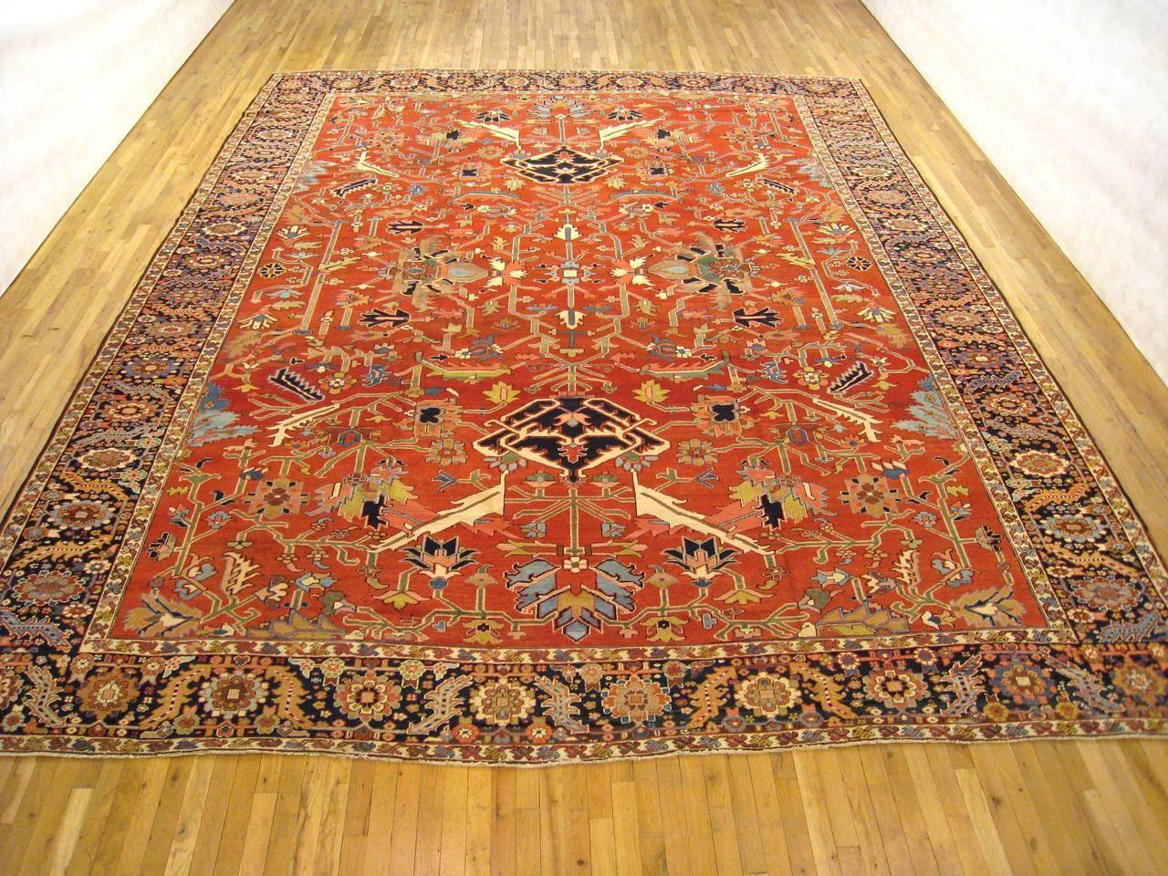 Antique Persian Serapi Decorative Oriental Carpet Room