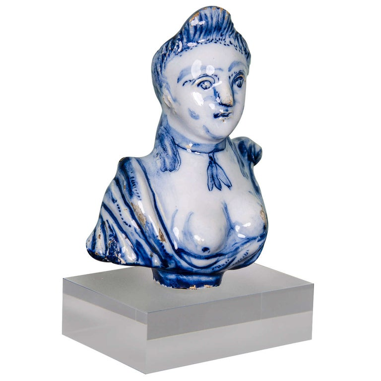 Dutch Delft Portrait Bust of Lady, Possibly Mary Stuart, Late 17th Century