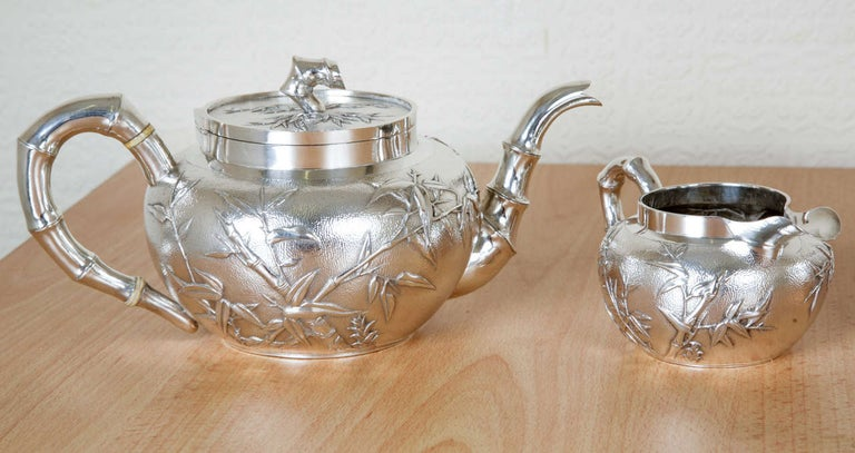 Chinese Silver Tea and Coffee Service In Excellent Condition For Sale In London, GB