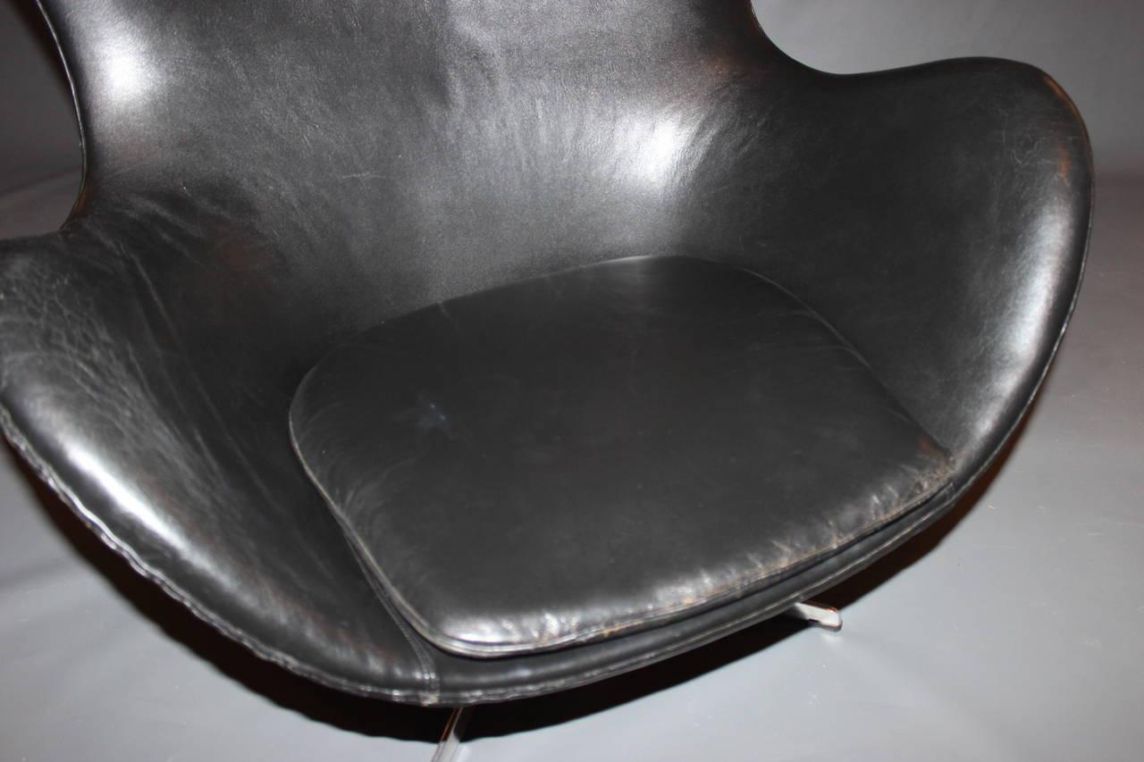 The Egg, Model 3316, Original Upholstery by Arne Jacobsen & Fritz Hansen, 1963 In Good Condition For Sale In Lejre, DK
