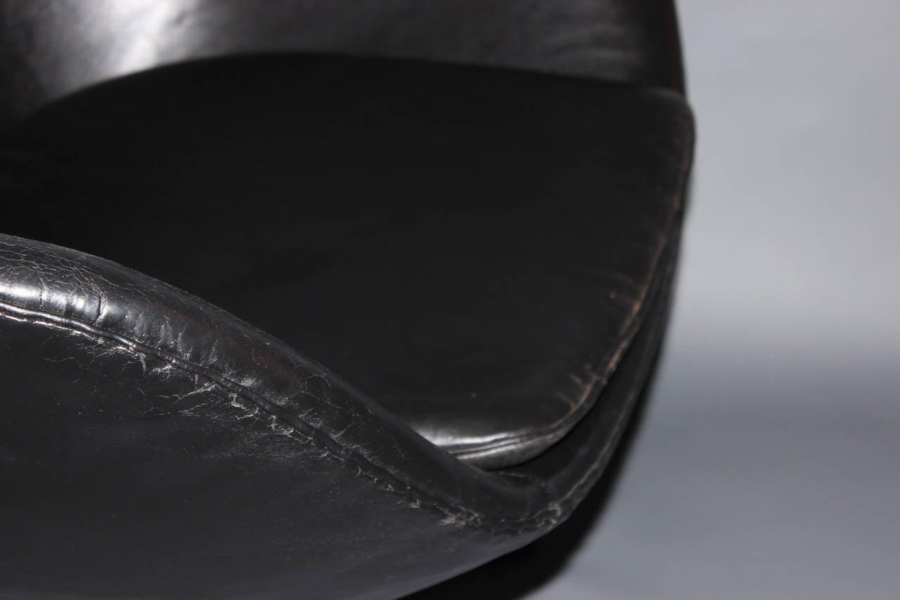 20th Century The Egg, Model 3316, Original Upholstery by Arne Jacobsen & Fritz Hansen, 1963 For Sale
