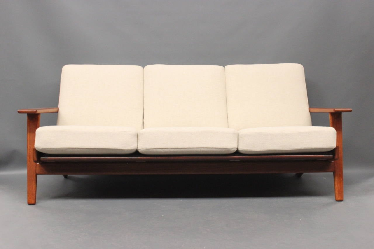 hans j wegner ge290 sofa in teak from 1960 at 1stdibs. Black Bedroom Furniture Sets. Home Design Ideas