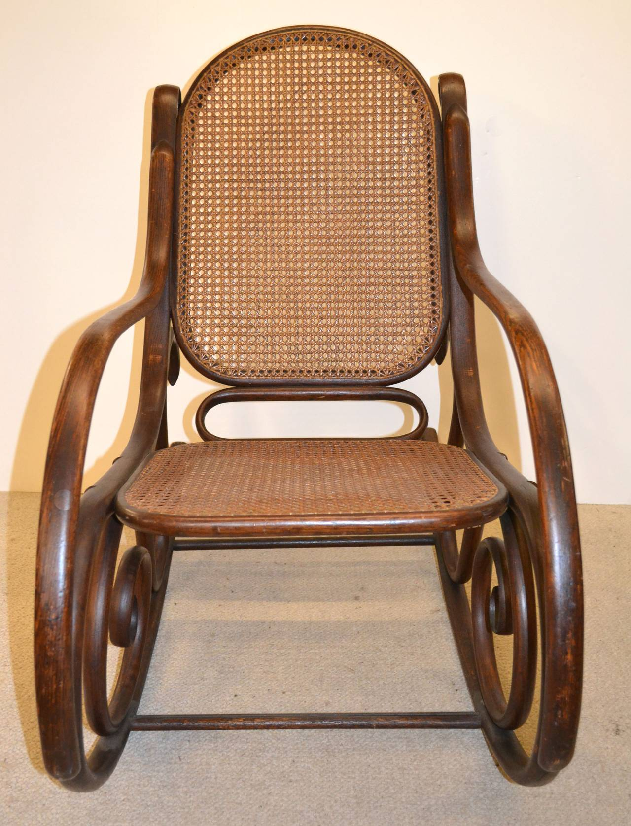 Original white painted bentwood rocking chair is no longer available - 19th Century Thonet Bentwood Rocker Chair 2