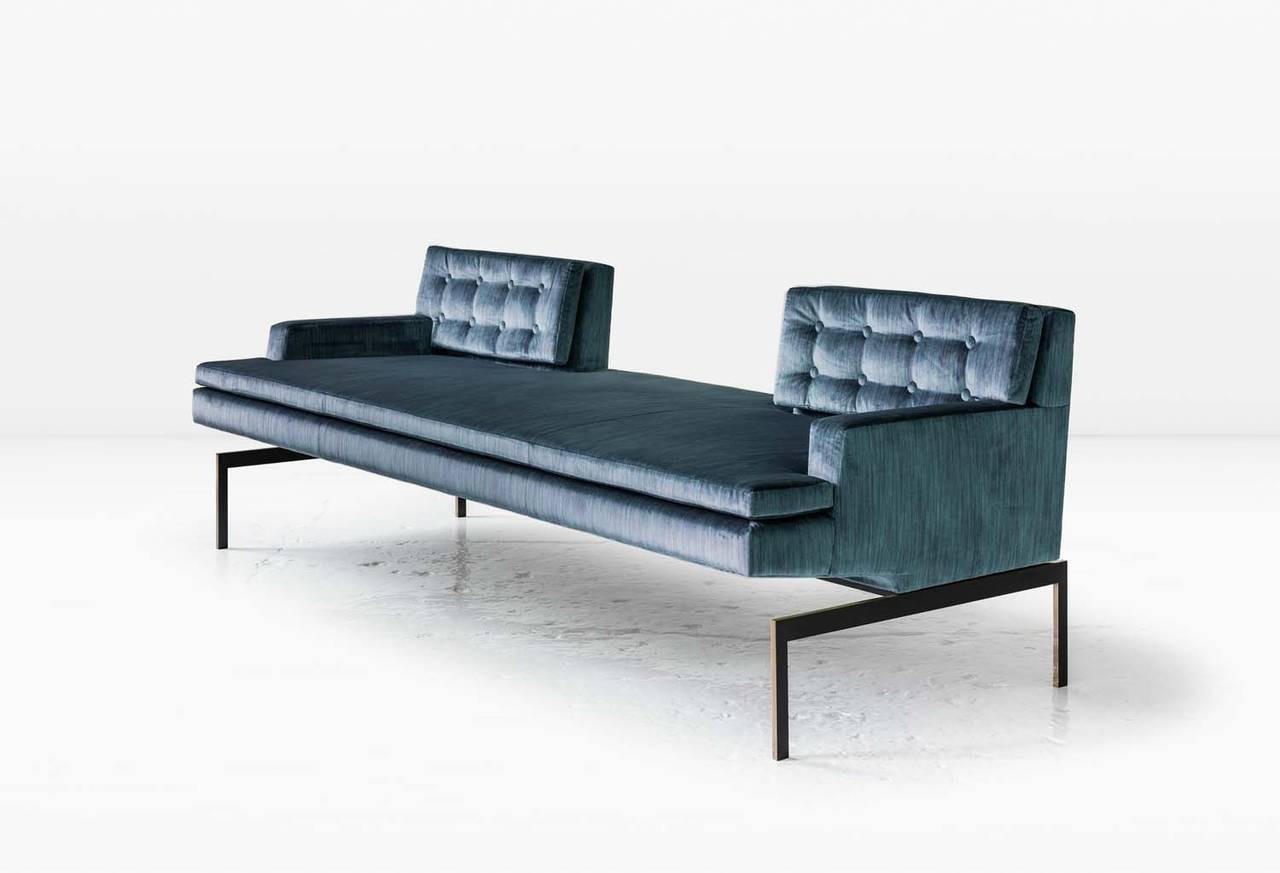 The playful composition of the Mancini Tête-à-Tête's seating pairs beautifully with its rigorous architectural base. Shown in silk velvet with a silicon bronze base. Also available with a nickel base. COM or COL