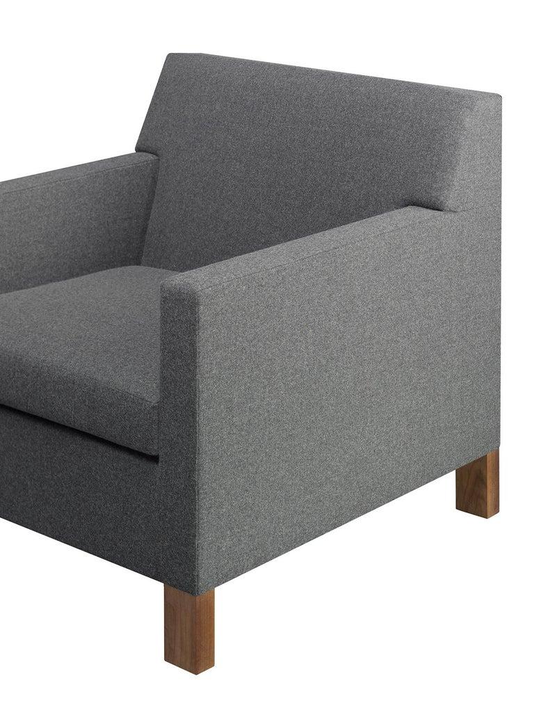 For Sale: Gray (Stone Lama) e15 Weissenhof Lounge Chair with Walnut Waxed Base by Ferdinand Kramer 4