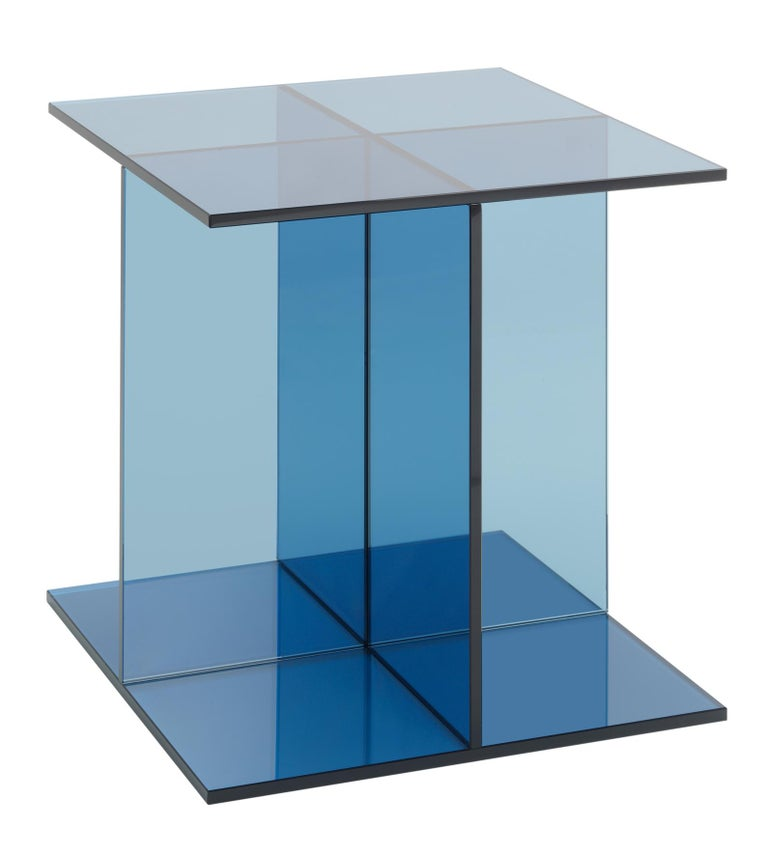 For Sale: Blue (Dark Blue) e15 Vier Side Table by Philipp Mainzer