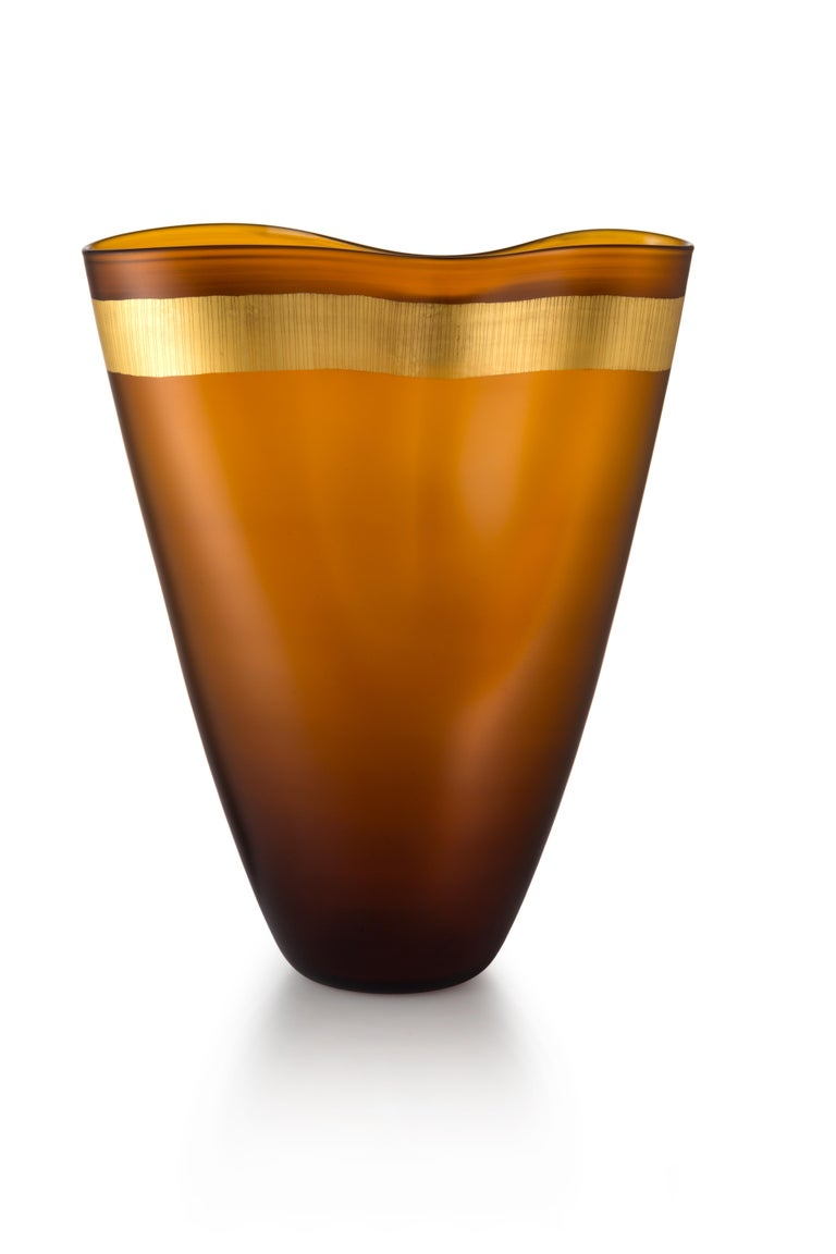 For Sale: Brown (53766) Large Pizzicati Vase in Hand Blown Murano Glass by Norberto Moretti