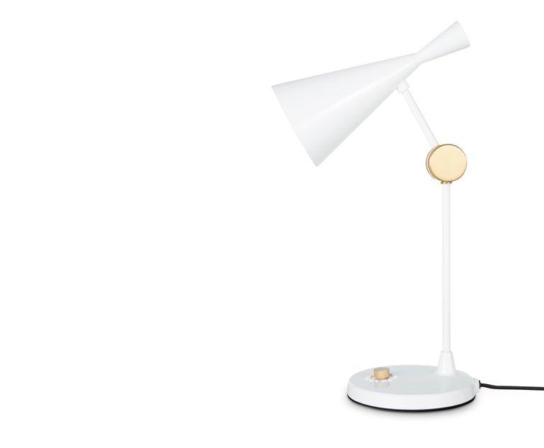 For Sale: White (white.jpg) Beat Table Light by Tom Dixon 2
