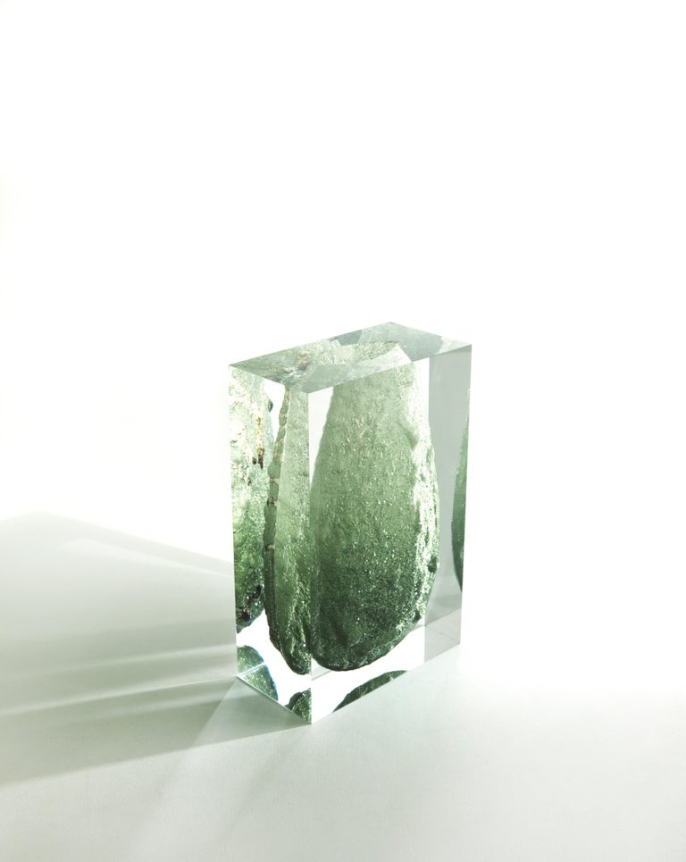 For Sale: Green (Emerald) Jumbo Group/JCP Universe Glacoja Vase by Analogia Project 2