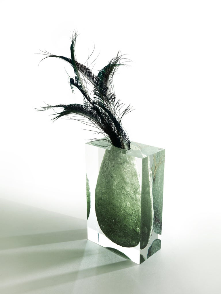 For Sale: Green (Emerald) Jumbo Group/JCP Universe Glacoja Vase by Analogia Project 4