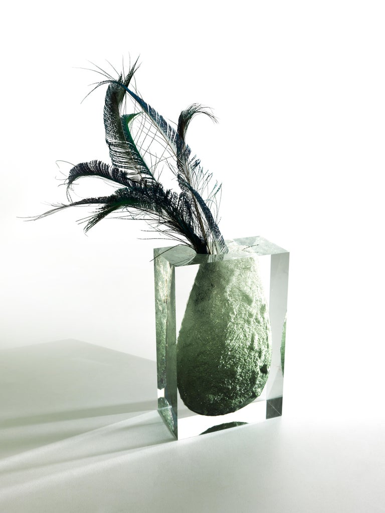 For Sale: Green (Emerald) Jumbo Group/JCP Universe Glacoja Vase by Analogia Project 5