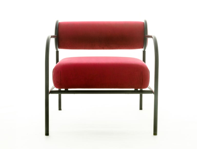 For Sale: Red (PC_17CP39 - magenta) Shiro Kuramata Velvet Sofa with Arms Black Edition for Cappellini, Exclusive 3