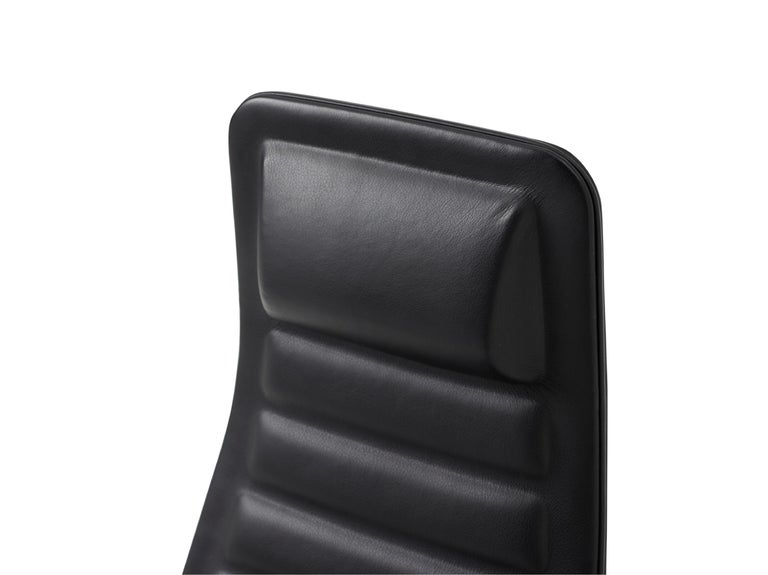 For Sale: Black (Leather 908) Jasper Morrison Lotus High Chair in Polished Chrome and Beech for Cappellini 5