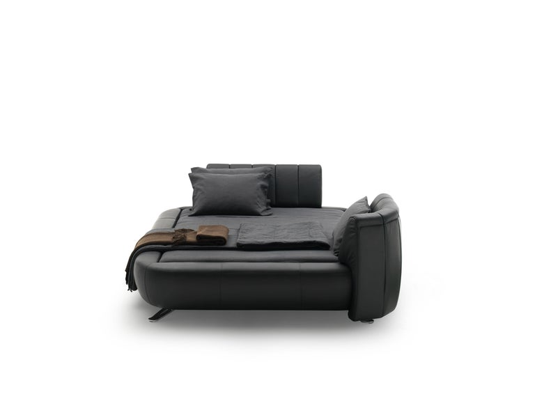 For Sale: Black DS-1164 Leather Bed Frame with Adjustable Headboard by De Sede 3
