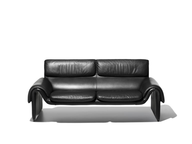 For Sale: Black DS-2011 Bauhaus Leather Two-Seat Sofa by De Sede