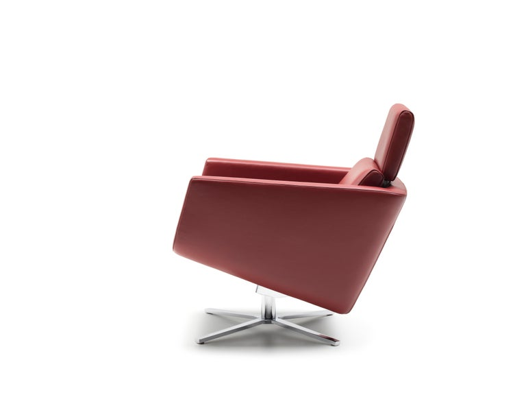 For Sale: Red (Barolo) Pavo Adjustable Leather Armchair by FSM 4