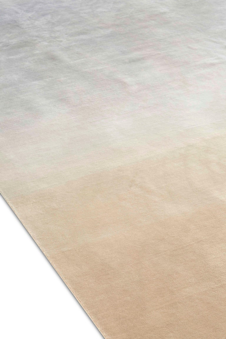 For Sale: Gray (Beige Gray) GAN Hand Knotted Degrade Medium Rug by Patricia Urquiola 2