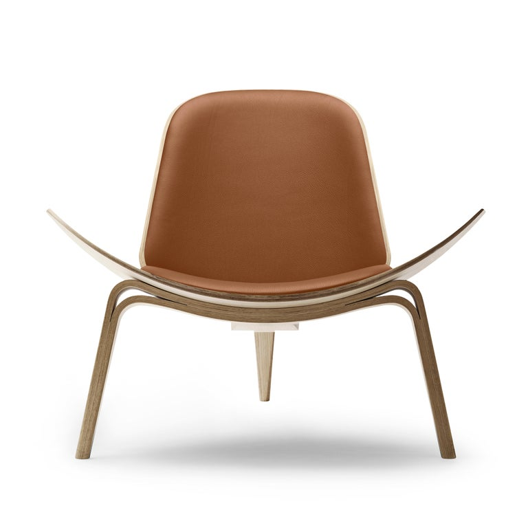 For Sale: Brown (Thor 307) CH07 Shell Chair in Oak White Oil with Leather Seat by Hans J. Wegner