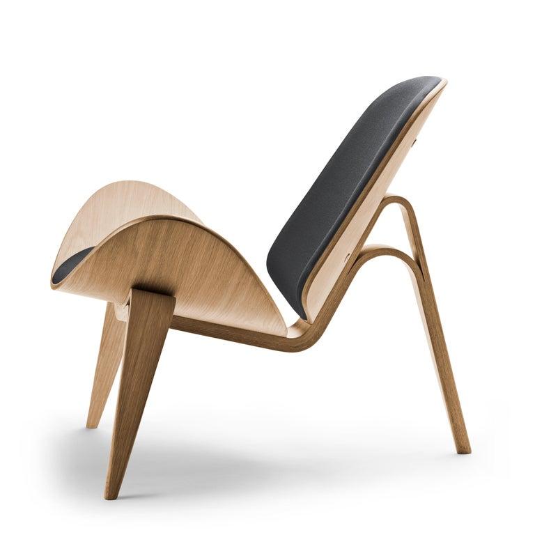 For Sale: Gray (Kvadrat Fiord 171) CH07 Shell Chair in Oak White Oil with Foam Seat by Hans J. Wegner 2