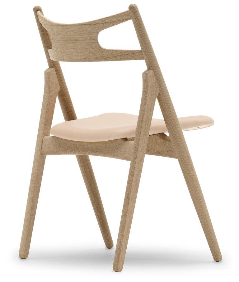 For Sale: Beige (Sif 90) CH29P Sawbuck Chair in Oak Soap by Hans J. Wegner 3